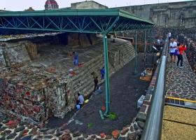 Ausgrabungen mit Tlaloc