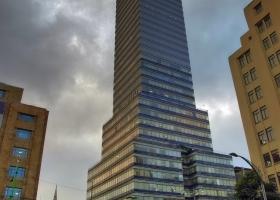 Stolzes Wahrzeichen: Der Lateinamerika-Turm – von oben kann man runtergucken