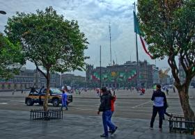 Mexiko-Stadt: Der Zocalo, einer der größten Plätze der Welt