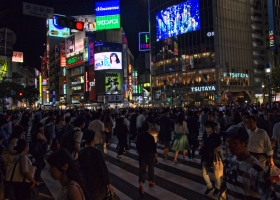 Tokyo_Shibuya_belebteste-Kreuzung-der-Welt_1.1
