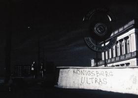 Koenigsberg-Kaliningrad_Die-Boerse-mit-Ultras