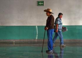 Busbahnhof: Begegnungen