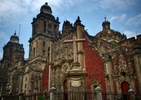 Mexikkos größte: Kathedrale am Zocalo