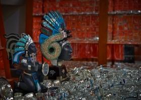 Echtes Kunsthandwerk auf dem Ciutadella-Markt