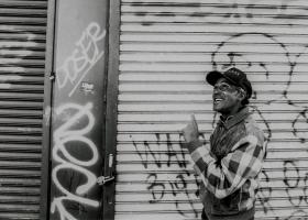 Schwarzes-NY_Winston-Straßenmusiker_1.1