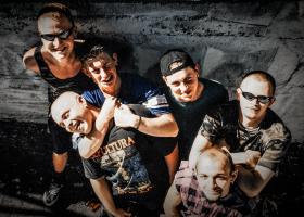 The-Perverts_Punk-für-die-Welt_1.2