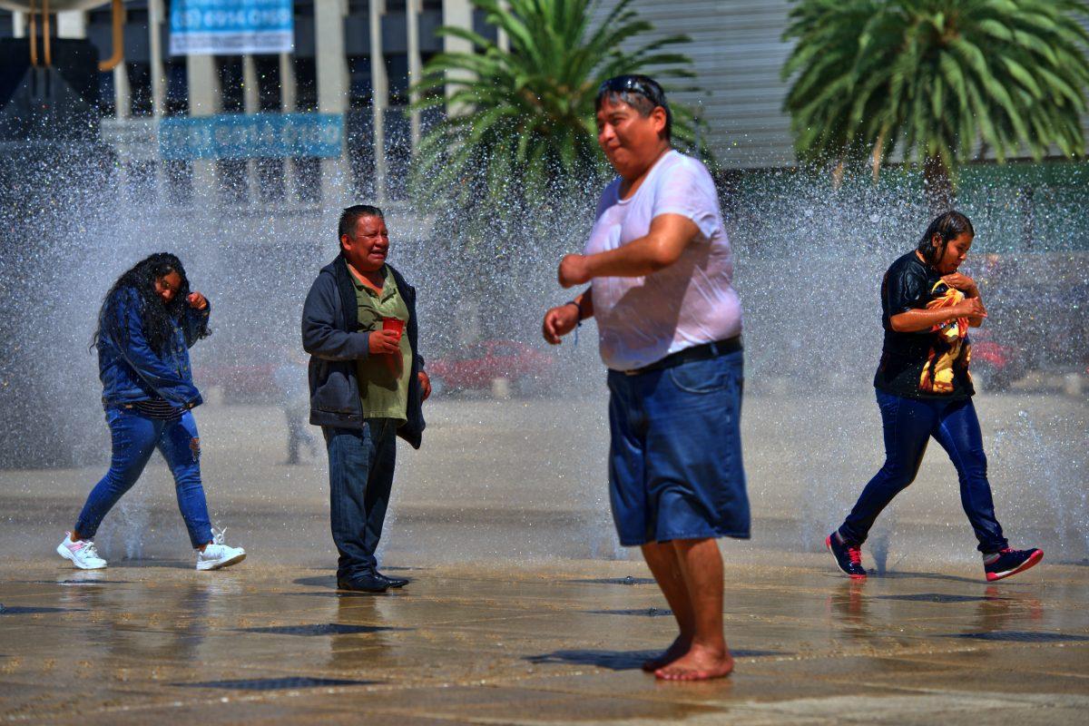 Andreas Bromba Mexiko-Stadt: Nass, aber glücklich